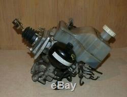 00-02 Mitsubishi Montero Abs Anti-lock Pump Booster Assembly Actuator