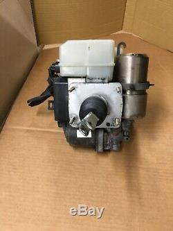 2001-02 Toyota 4Runner ABS Anti-Lock Brake Pump Booster Actuator OEM