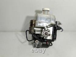 2001-2002 Mitsubishi Montero ABS Anti Lock Brake Pump Booster Master Cylinder
