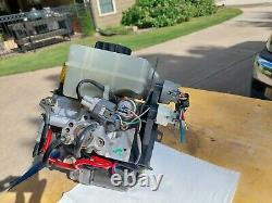 2001 2002 TOYOTA 4RUNNER Anti Lock Brake ABS Pump 47050-35010