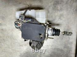 2001-2002 Toyota 4 Runner ABS Anti Lock Brake Booster Assembly 47210-35040
