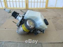 01-05 Lexus Gs300 Gs400 Gs430 Abs Servofrein Antiblocage Pompe De Maître-cylindre