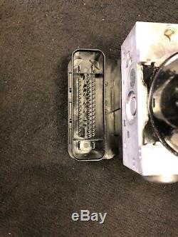 2008 Bmw E90 M3 E92 E93 Abs Contrôle Du Module De Pompe Antiblocage