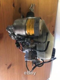 98 99 00 01 02-05 Lexus Gs-série Anti-lock Freins Abs Pompe Hydraulique Cylindre