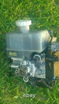 Mitsubishi Montero Abs Anti Lock Brake Hydro Booster Master Cylinder 2003-2006