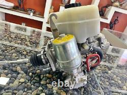 Toyota Fj Cruiser Abs Anti-lock Brake Pump Master Booster Cylindre